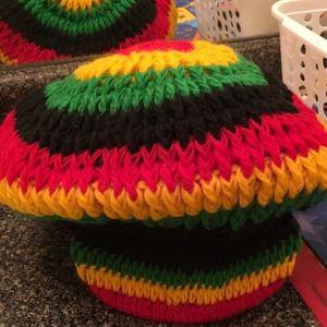 Beanie hat with cap